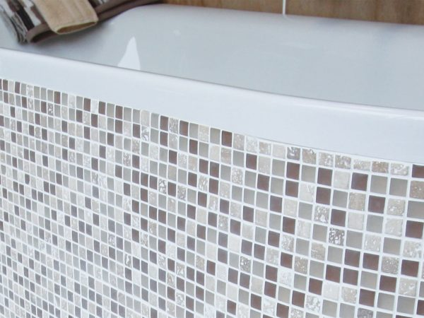 Elegant Bathroom Mosaic Tiles