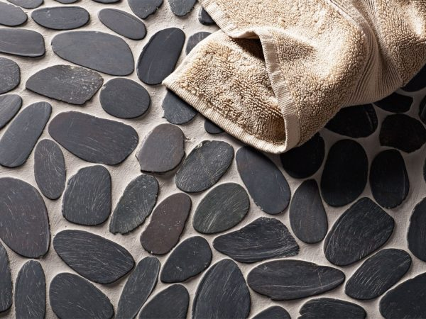 Pebble Bathroom Mosaic Tiles
